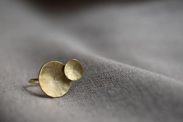 """真鍮の指輪 """"水面のロンド""""の画像1枚目"""