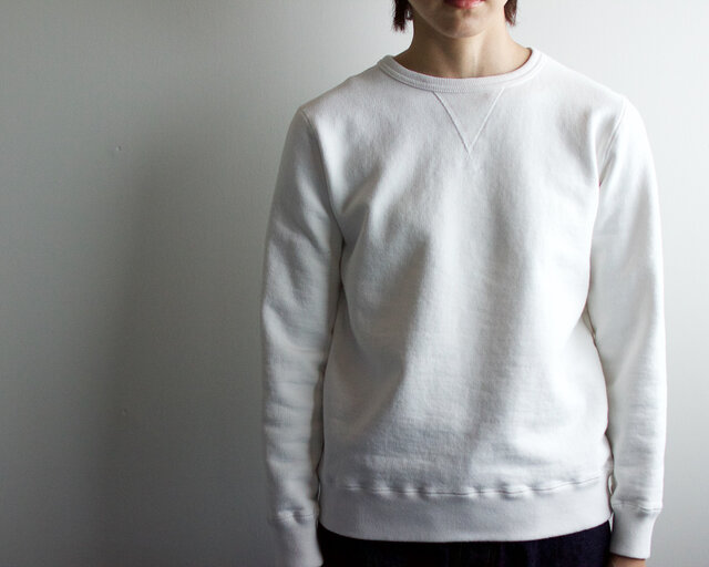 dry fleecy fabric/sweatshirt/whiteの画像1枚目