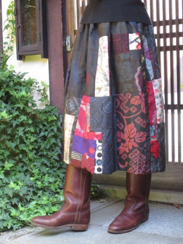 S様ご注文品銘仙と大島でリバーシブルのちょいバルーンスカートの画像1枚目