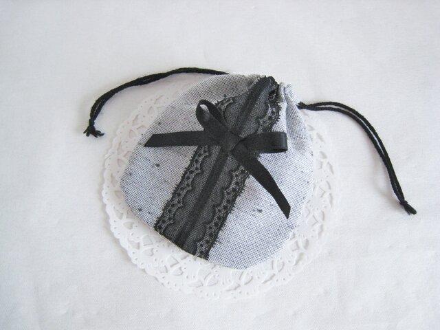 レースとリボンの可愛いミニ巾着袋(グレー×ブラック)の画像1枚目