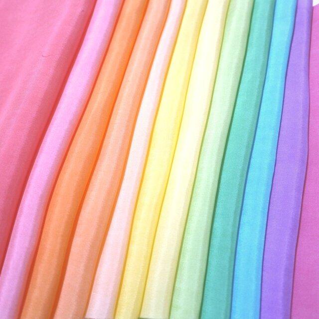 (X)正絹 胴裏 手染め羽二重12枚 はぎれセット カラフル・晴れ着向き・七五三髪飾り つまみ細工用布・吊るし飾りにの画像1枚目