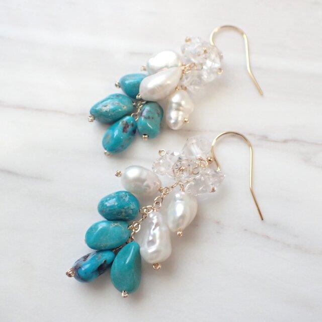 K14GF natural turquoise, pearl,quartz pierceの画像1枚目