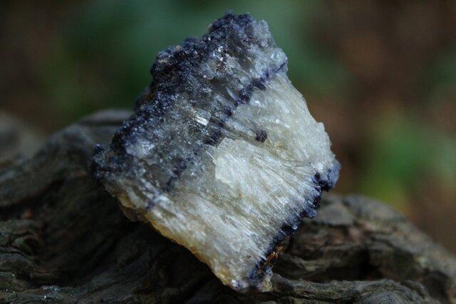 ブルージョン 原石の画像1枚目