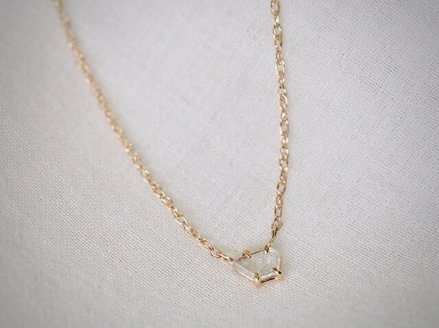 In The Air Diamond Slice Necklaceの画像1枚目
