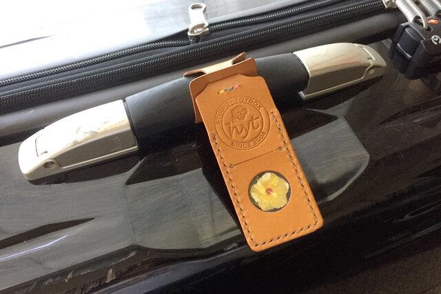 スーツケースが見つけやすい目印ネームタグ  キャメル トラベル革小物 ラッピング可の画像1枚目