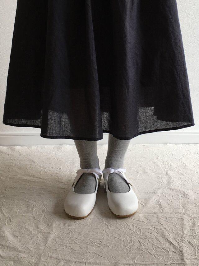 maru(紐結びの革靴*白)の画像1枚目