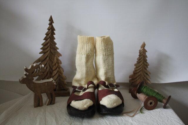 手編みの靴下 ミルキーの画像1枚目