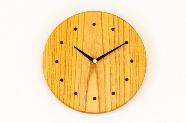 ウルシの木の壁掛け時計1の画像1枚目