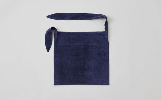 レザータイショルダーバッグ washable tie shoulder bag | navyの画像1枚目
