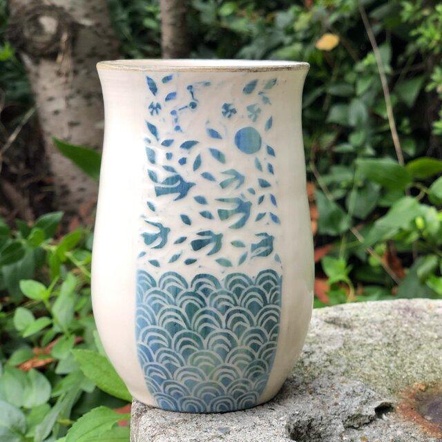 Kakiotoshi vase - 蝶や鳥の舞う日の画像1枚目