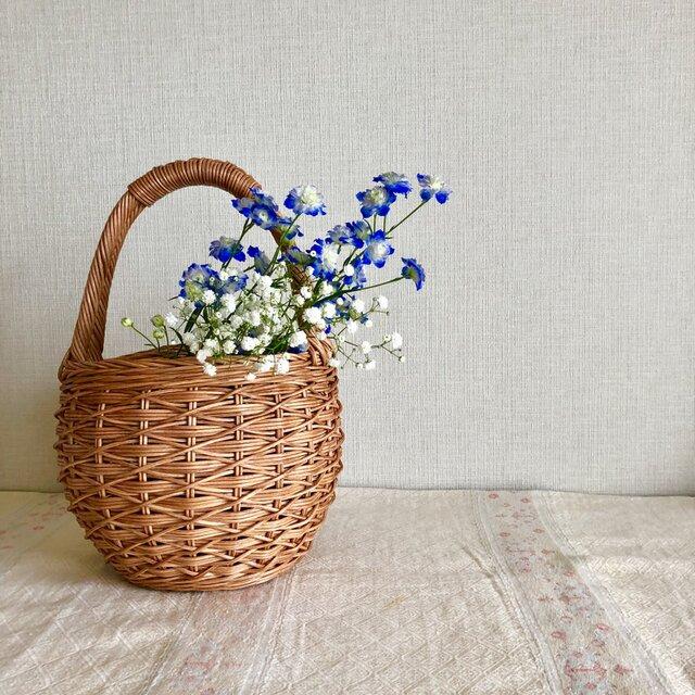 かけ編みの丸かごの画像1枚目