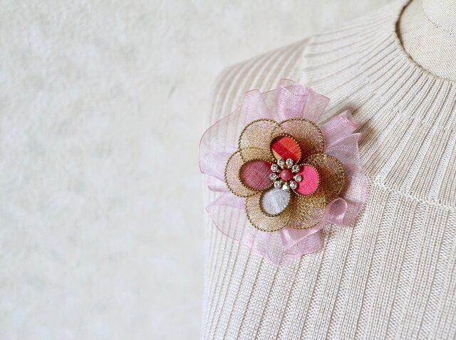 リボン付き和布ブローチ(結城紬&ワイヤー)の画像1枚目