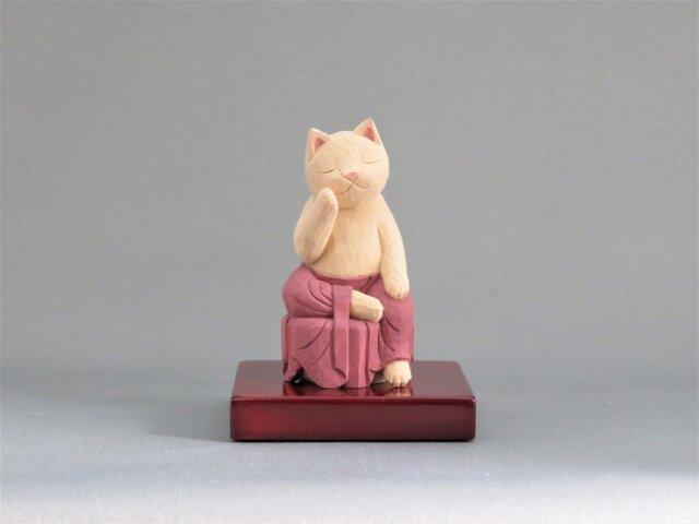 木彫り 裳を着けた弥勒猫 猫仏1929の画像1枚目