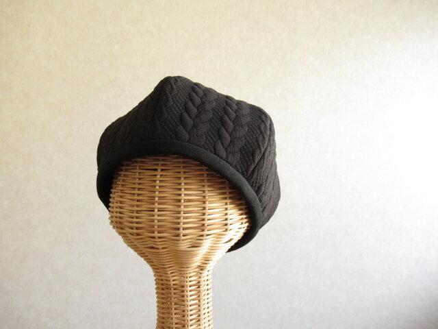 6枚はぎのベレー帽 ケーブル模様、ブラックの画像1枚目