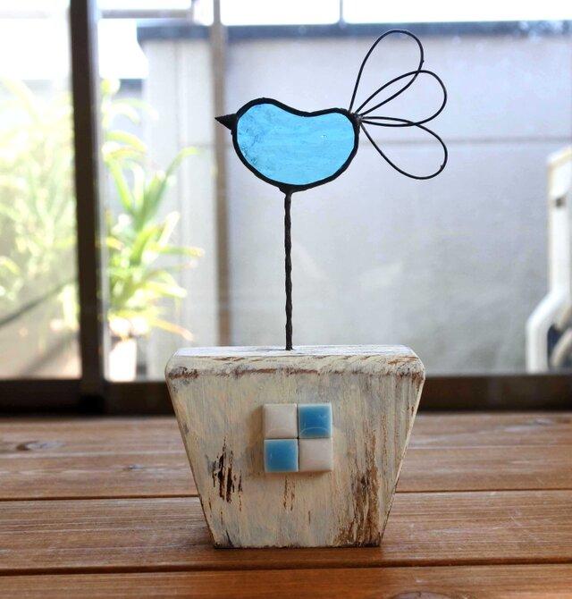 ステンドグラスの青い鳥の画像1枚目