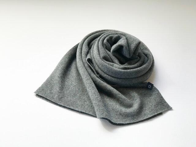 Pure カシミヤのふわふわマフラー D/Grayの画像1枚目