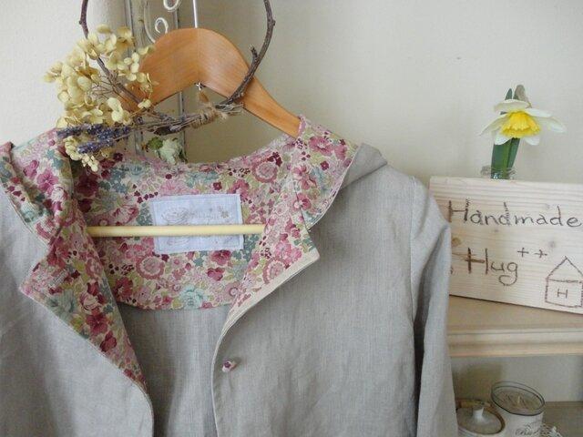 春のワンピースコート(サンドベージュ・花柄)の画像1枚目