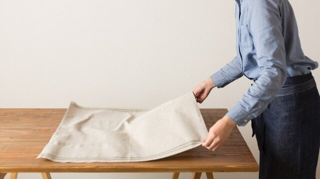 【サイズオーダー注文用:70cmレッド】日本の職人が織るリネンマルチクロス 65cm×オーダーサイズ(全10色)の画像1枚目