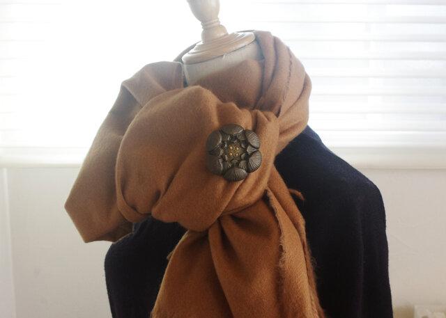 【日常に伝統工芸を】落雁ブローチ 蓮の画像1枚目