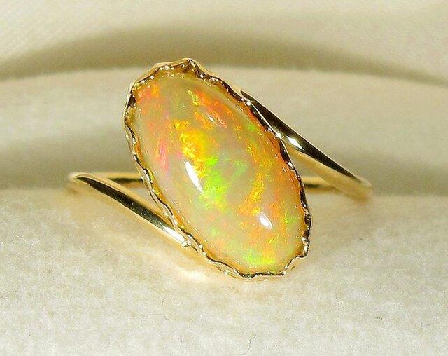1.65ctオパールとK18の指輪(リングサイズ:10号、イエローゴールド、エチアオピア・オパール)の画像1枚目