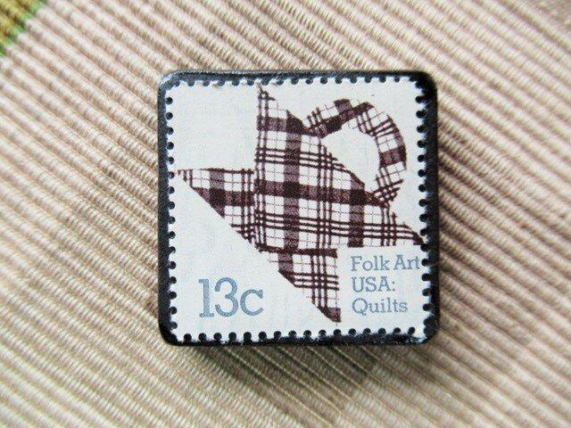 アメリカ キルト切手ブローチ5523の画像1枚目