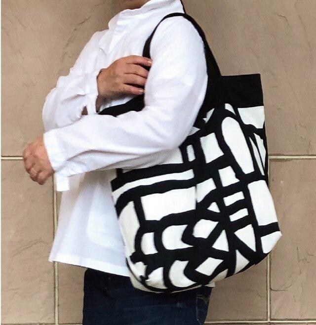 コンパクト おかいのもかばん ブラックラビリンスの画像1枚目