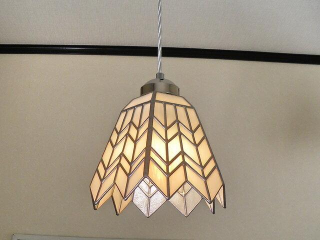 ステンドグラスペンダントライト・ヘリンボーン・吊り下げ照明・ガラス Lサイズ・37の画像1枚目