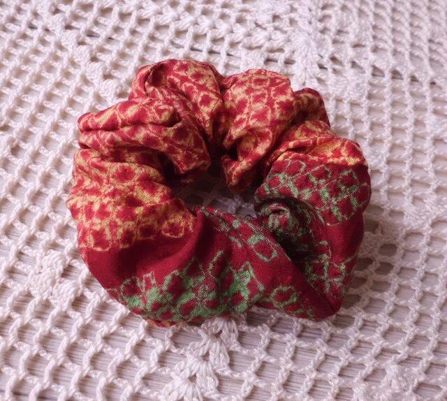 古布の小さなシュシュ・紅 花の画像1枚目