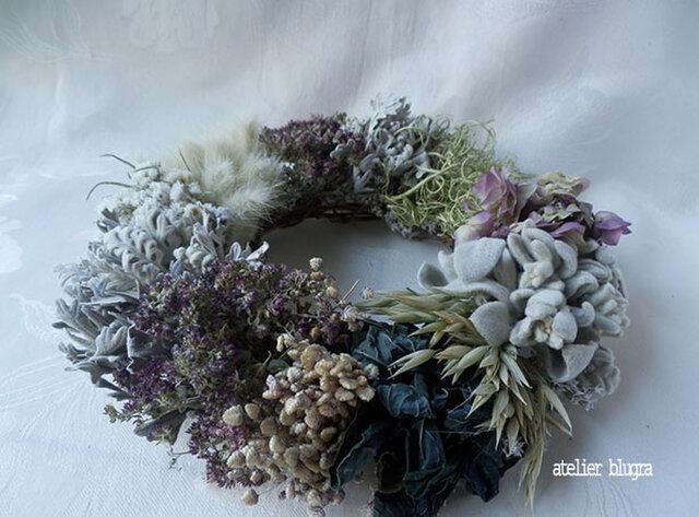 atelier blugra八ヶ岳〜ヤマハハコと藍のWreathの画像1枚目