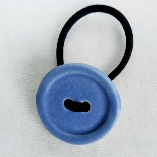 ボタンヘアゴム(青)の画像1枚目