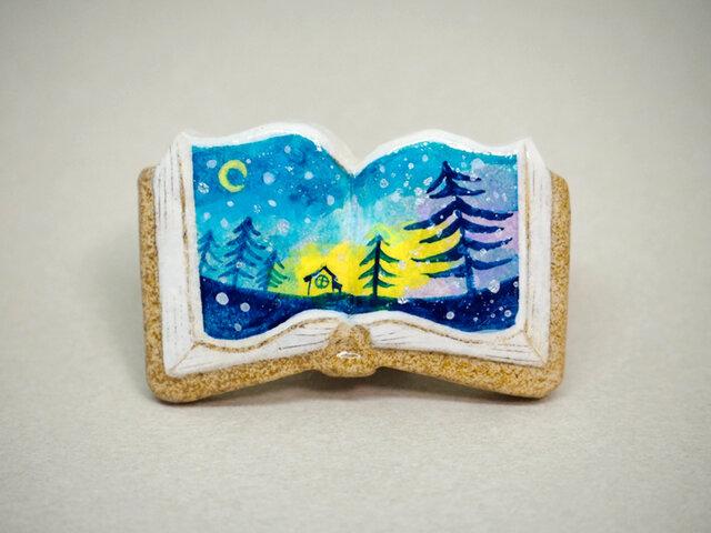 絵本みたいな陶土のブローチ《月夜に雪が降ってきた》の画像1枚目
