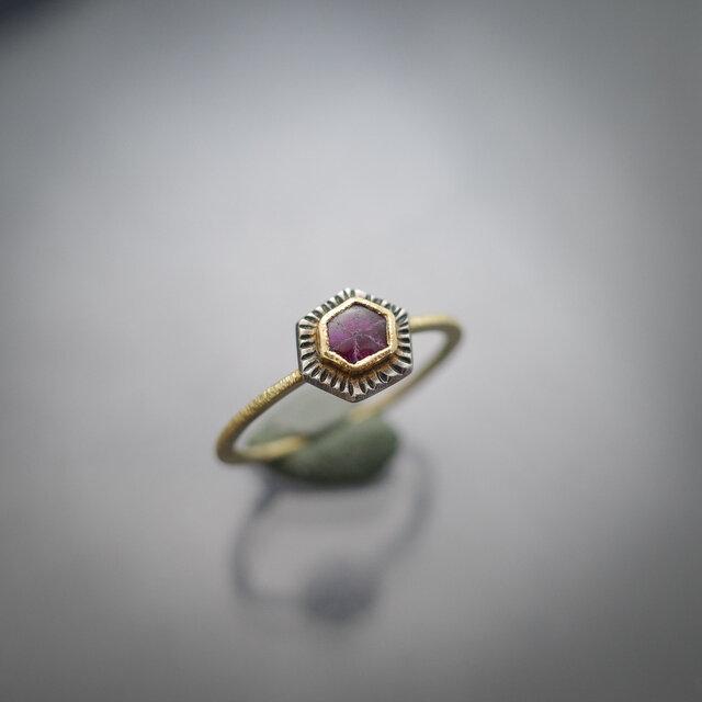 トラピッチェ・ルビーの指環の画像1枚目