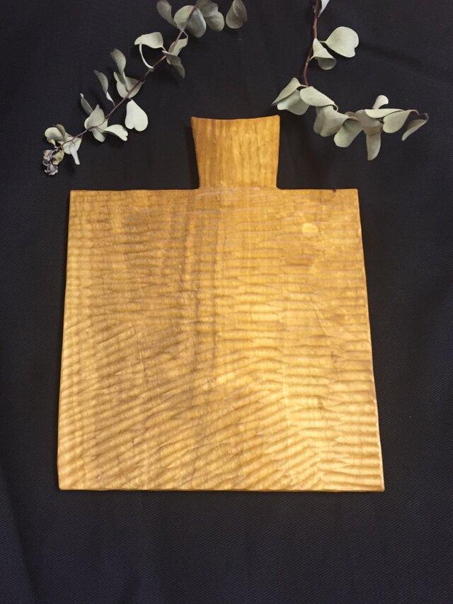 【ciquciqu様オーダー品】自由な形のカッティングボード <山桜>の画像1枚目