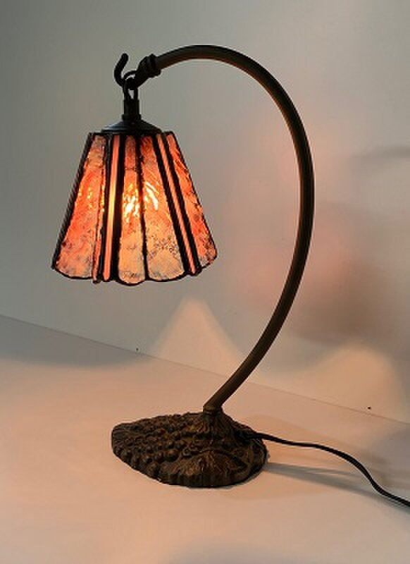「グースネックのランプ・ピンク」ステンドグラス、ステンドグラスランプ、照明の画像1枚目