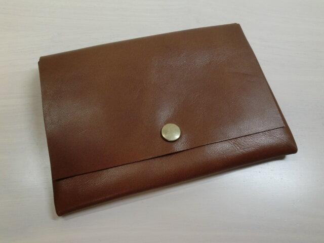 ゴートスキン・B7対応パスポートケース・スムースブラウン・カードポケット付き・0166の画像1枚目