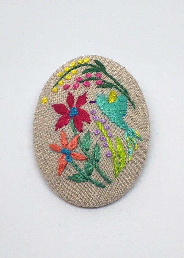 刺繍ブローチ・ことりとお花 (ベージュ)の画像1枚目