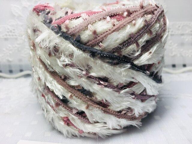 A染め糸♬フェザー&手染め糸90gの画像1枚目