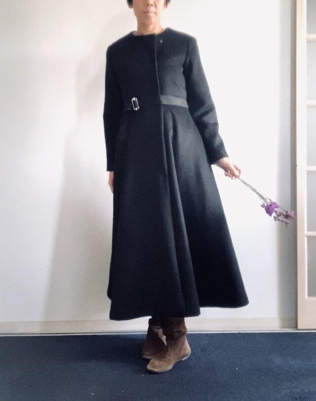 アルパカシャギー 毛並の美しいXラインのドレスコート ロング丈 黒の画像1枚目