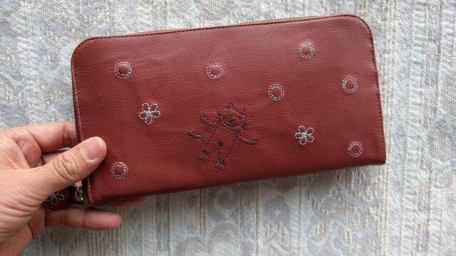 刺繍革財布『shuwa-hana-ネコ』薄紅色(ヤギ革)ラウンドファスナー型の画像1枚目