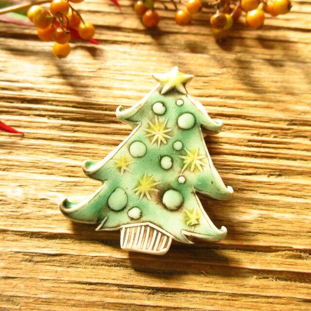 クリスマスツリーのブローチの画像1枚目