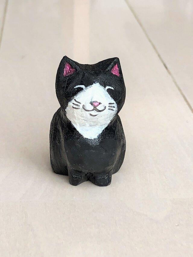 木彫り猫 黒の画像1枚目