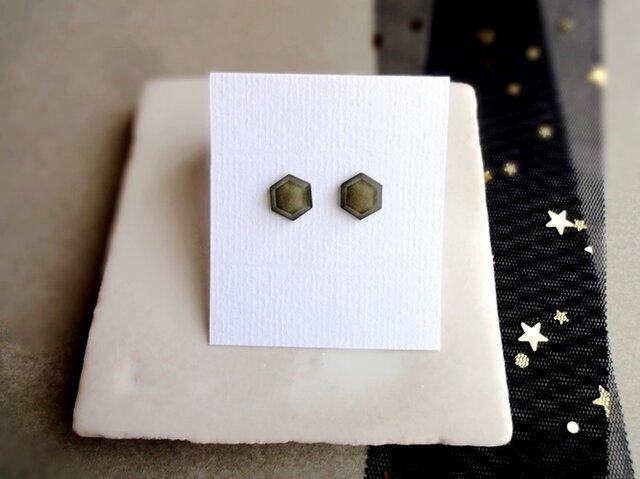 アクリルの耳飾り■ラメグリッターカボション Sサイズ ヘキサゴン ■ グレーの画像1枚目