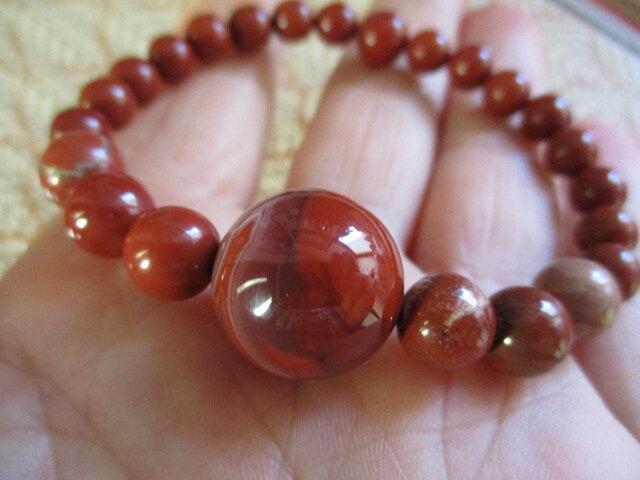 生命エネルギー活性のお石:赤水晶 と赤碧玉のブレスレットの画像1枚目
