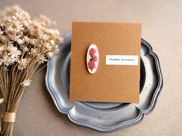 【片耳販売】Ear Accessory 耳飾り■ ヴィンテージ ■お花のインタリオ ピンク色のスイートピーの画像1枚目
