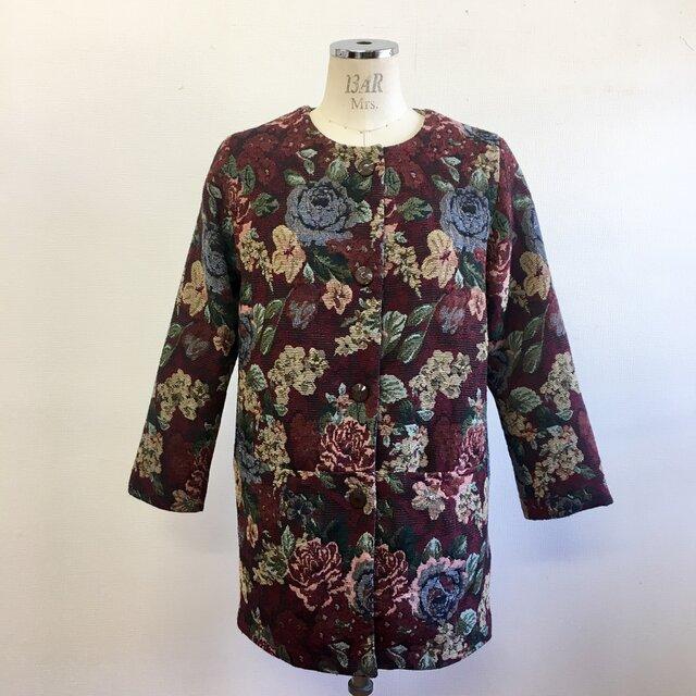 大人可愛い❤️ゴブラン織り花柄ノーカラージャケット エンジ(サイズフリーM〜L)裏地付きの画像1枚目