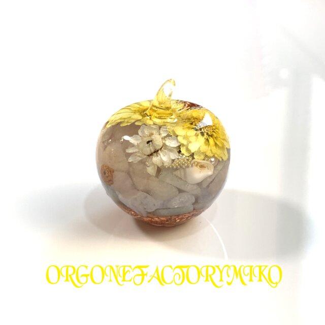 訳あり 癒し 恋愛 月のエネルギー 六芒星 幸運メモリーオイル入り りんごちゃん オルゴナイトの画像1枚目
