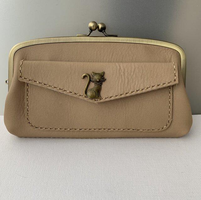 ネコさんホックの外ポッケが付いた、本革親子がま長財布の画像1枚目