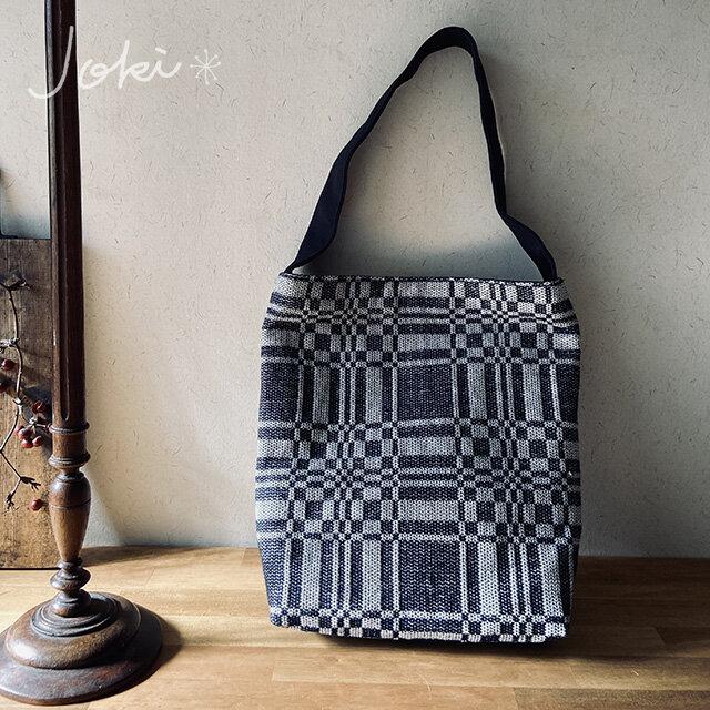 bag[手織りワンショルダーバッグ]ネイビーの画像1枚目