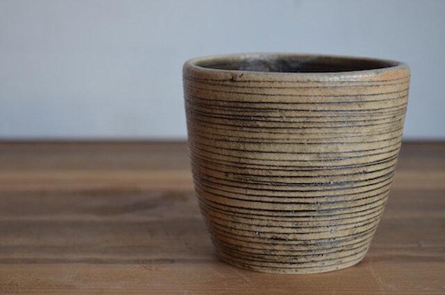 線刻 フリーカップ(黒ヨコ線)の画像1枚目