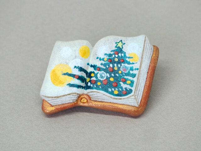 絵本みたいな陶土のブローチ《クリスマスツリー2019》レッドゴールドの画像1枚目